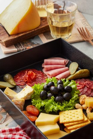 mgallery-must-try-charcuterie-platter